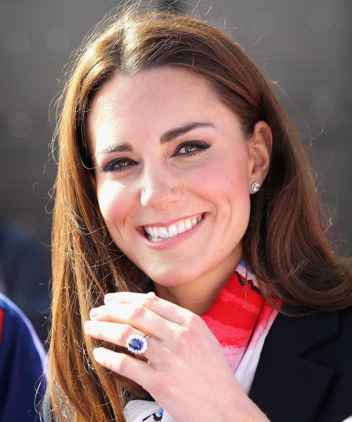 The Real Reason Kate Middleton\'s Engagement Ring Is Blue | Kate ...