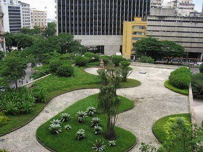 Resultado de imagem para jardins do palacio capanema