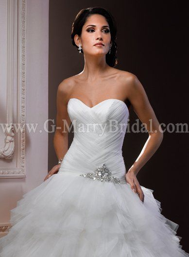 Beautiful Tulle Strapless A Line Ball Gown Sweetheart Neckline Inexpensive Designer Wedding Style Mswd666860