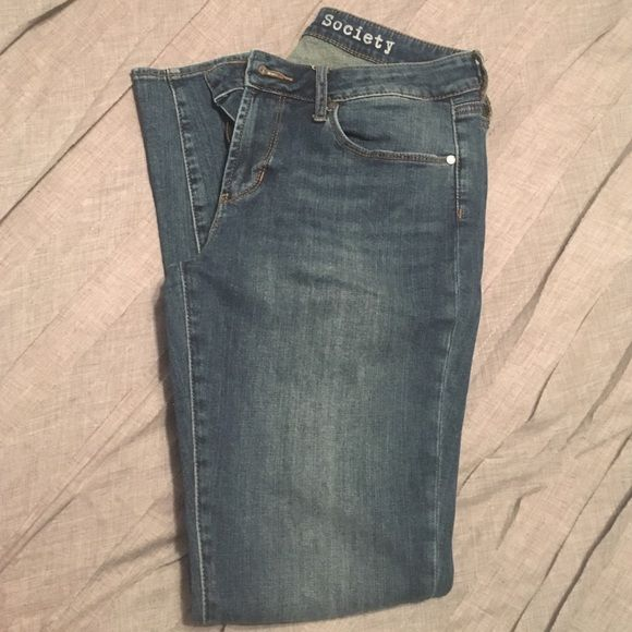 Articles of society skinny jeans Size 28 Articles of society skinny jeans. Ankle cut Articles of Society Jeans Skinny