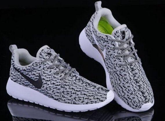 Custom Nike Roshe Run Yeezy 350 Oreo B W Swoosh By Tagzcustomkickz Nike Roshe Run Nike Nike Roshe