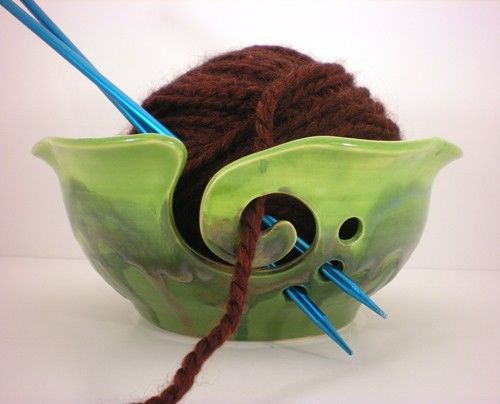 Knitting Yarn Holder : Love this bowl clay pinterest yarn yarns