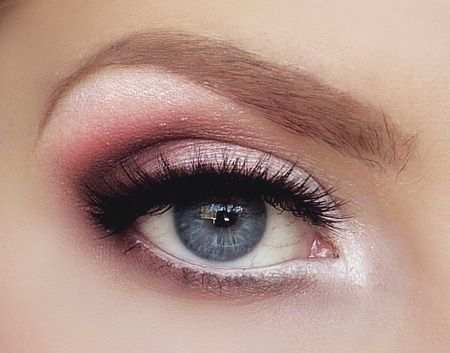 Matching violets with blue eyes for a soft sultry look