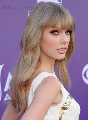 I Love The Way Her Hair Is Done Taylor Swift Hair Color Ash Hair Color Hair Color Pictures