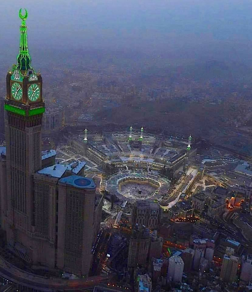What A Beautiful Sky View Of The Kaaba Masjid Al Haram Makkah Umrah2018 Masjid Al Haram Kaaba Makkah Umrahpackagesuk Vis Grand Mosque Sky View Mosque