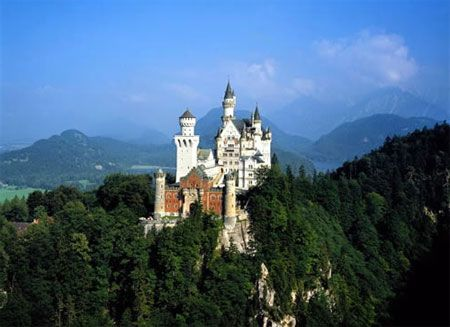 Famous Castles in Germany | people in germany are known for their sophisticated tastes when