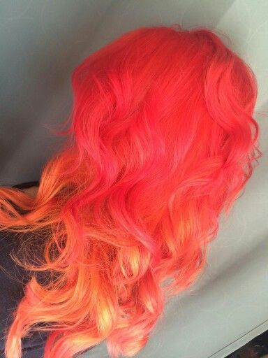 It S Gorgeous Of Two Colors Mixing Pink Orange Hair Color