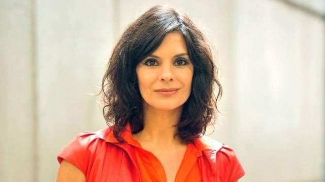 23438cdfd1 TMVbijoux  Novo corte de cabelo de Helena Ranaldi para a novela Fina  Estampa.