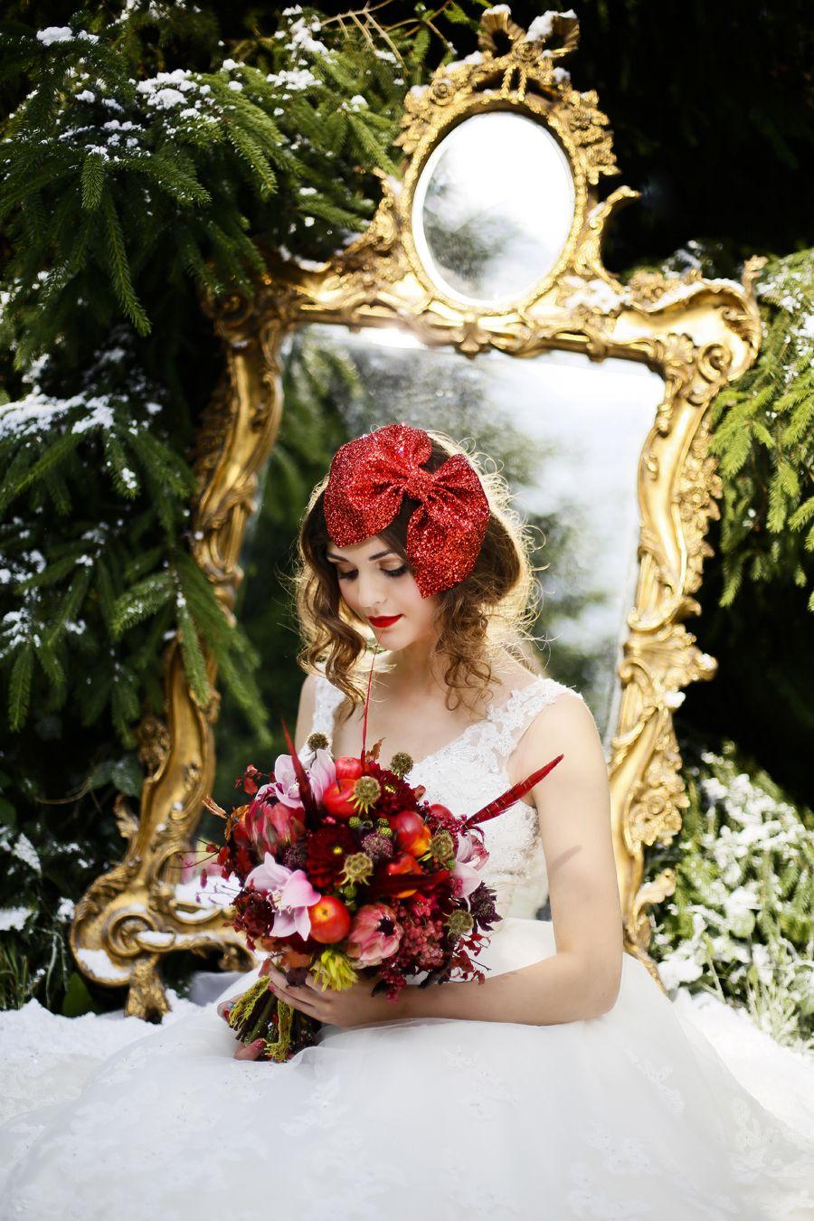 Snow White themed #vintage #wedding shoot by www.flowersbykirsty.com ...