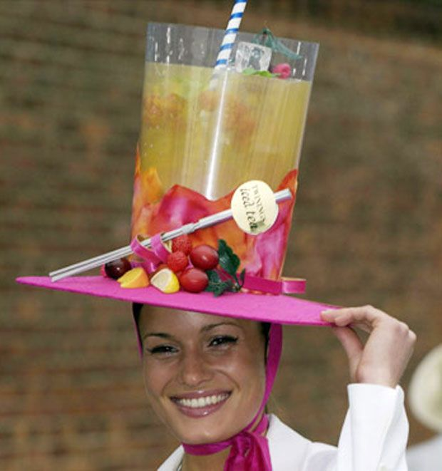 Crazy Decorated Hats: Crazy Kentucky Derby Hats [pictures]