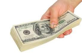 Картинки по запросу доллары в руке