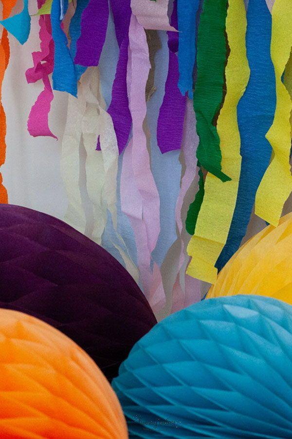 Wir haben Wabenbälle in vielen tollen Farben im Angebot!