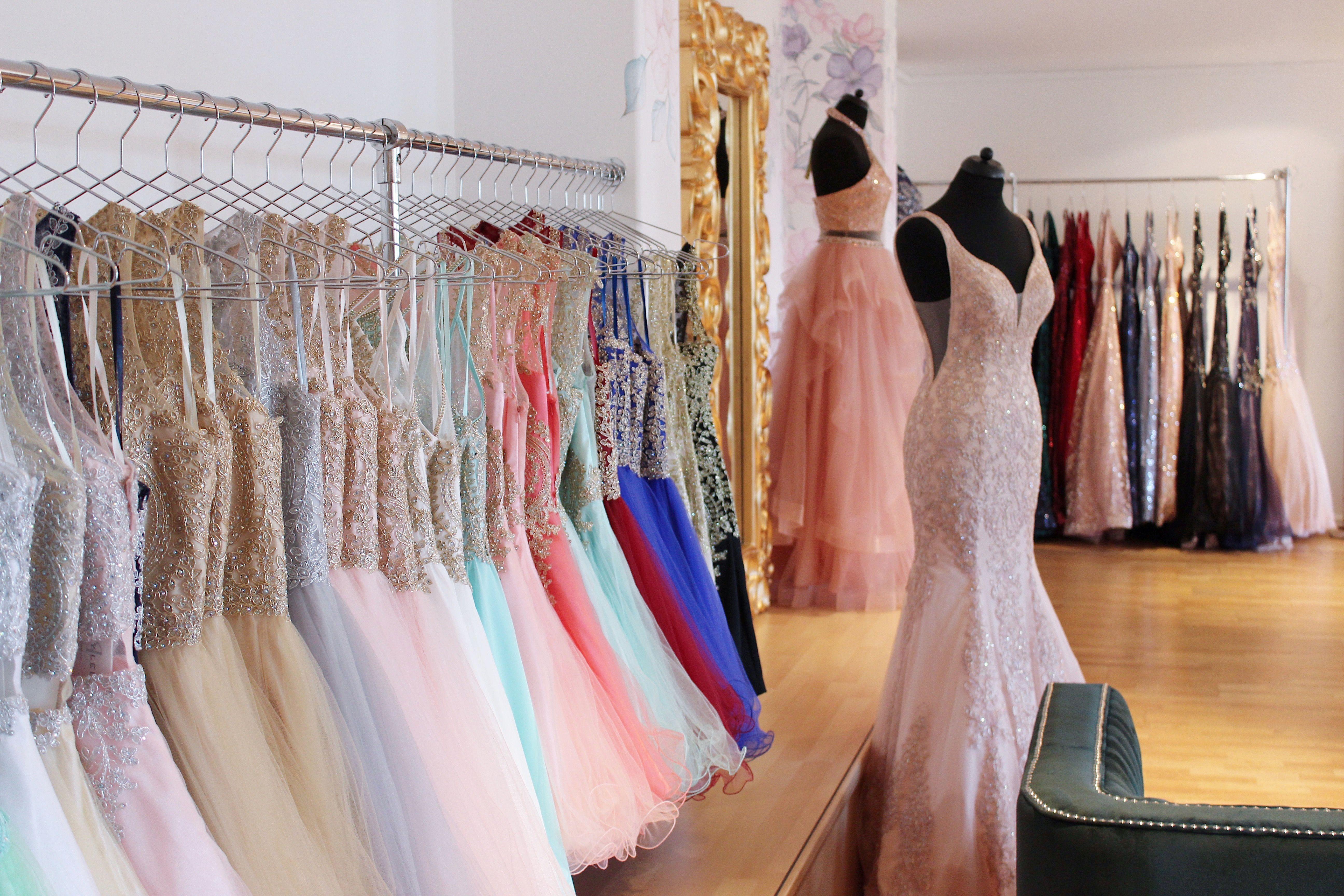 thousand dresses - brautjungfernkleider, ballkleider und