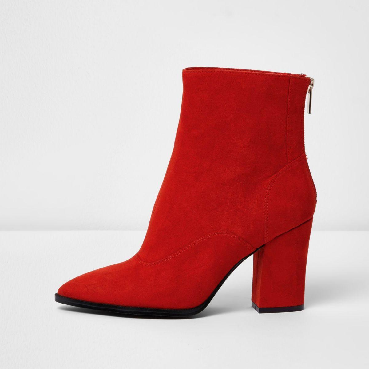 Bottines pointues rouges à talons carrés coupe large   Chaussures ... cbee3b5e50f2