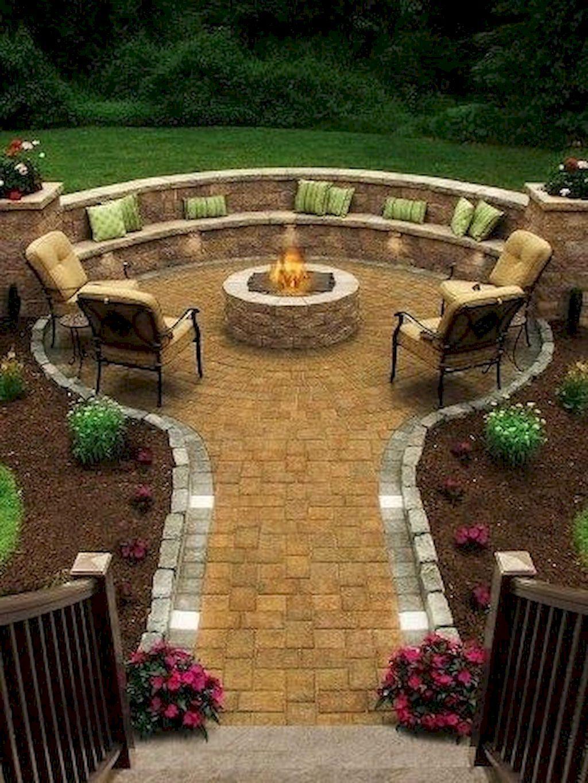 40 Beautiful Small Garden Design Ideas on a Budget | Small garden ...