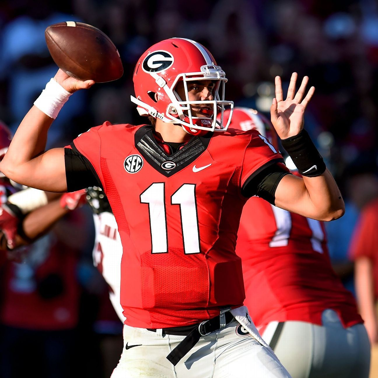 Greyson Lambert sets NCAA record in rout of