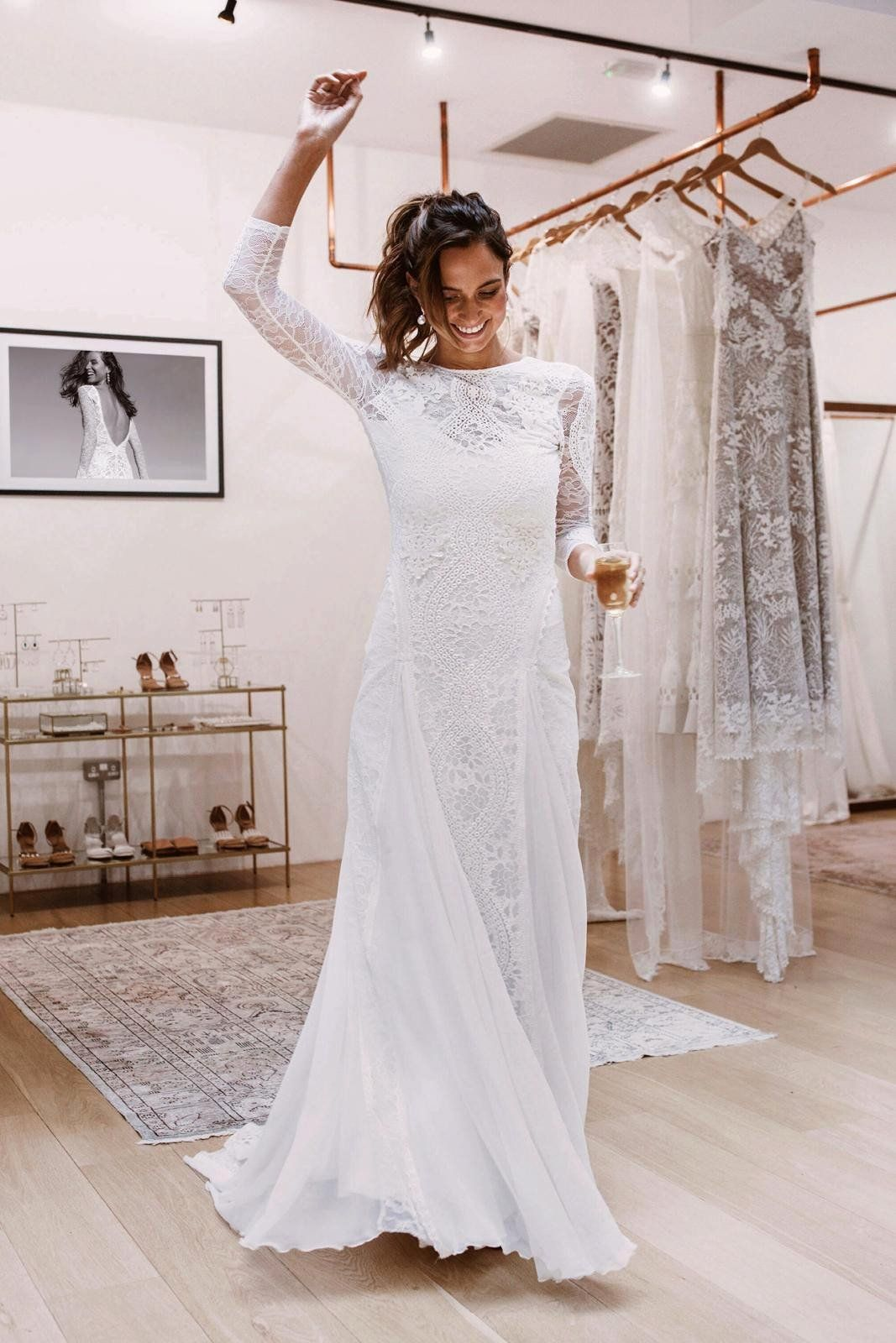 Wedding Dress Tailoring Prices Luxury Fresh Average Cost Wedding Dress Alterations In 2020 Wedding Dresses Wedding Gown Accessories Wedding Dresses Lace