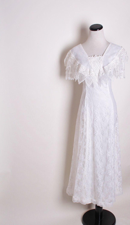 White Western Wedding Dress with Back Bow / Alternative Bridal ...