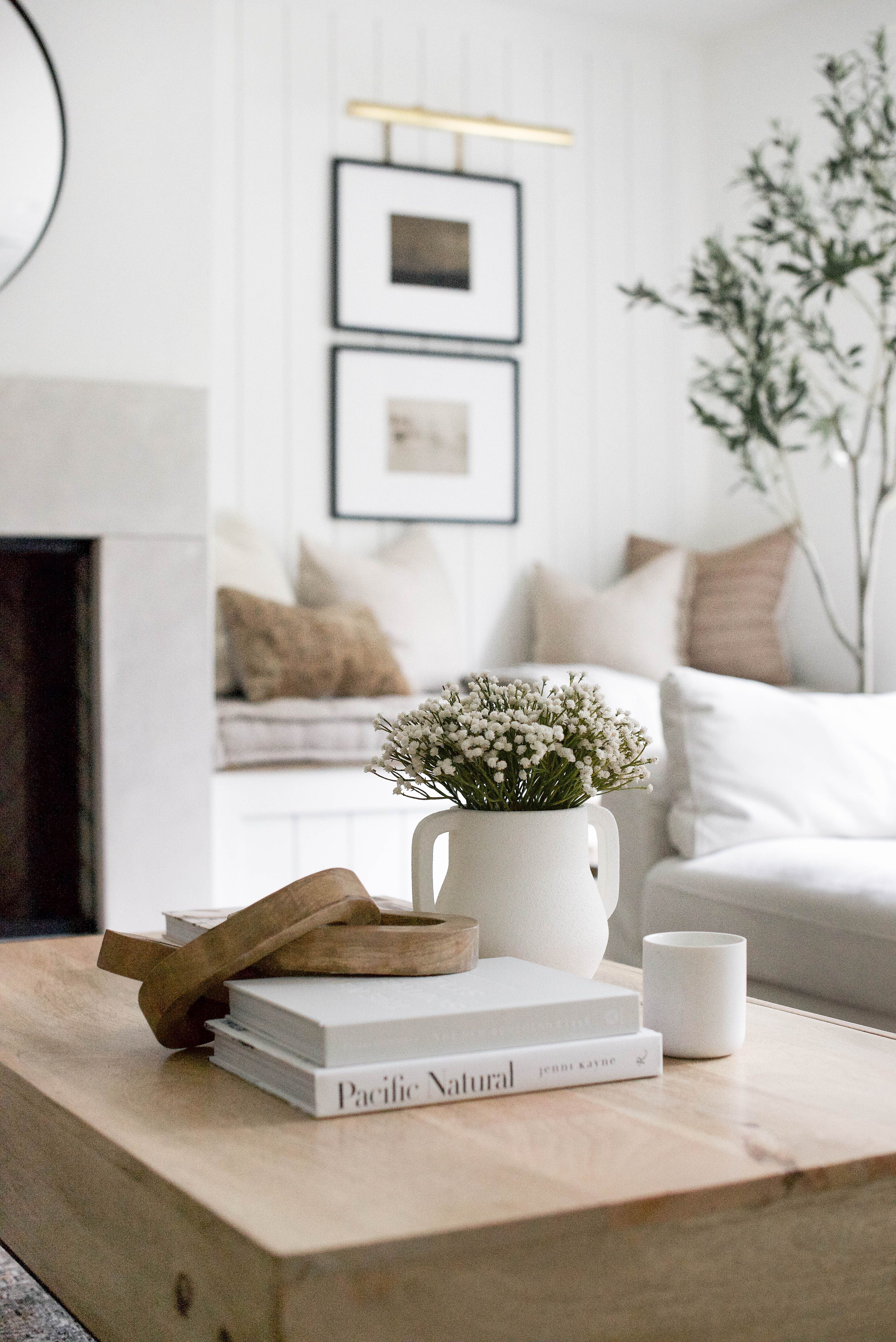 Coffee Table Styling Ideas In 2021 Home Decor Styles Home Decor Decor [ 6014 x 4015 Pixel ]
