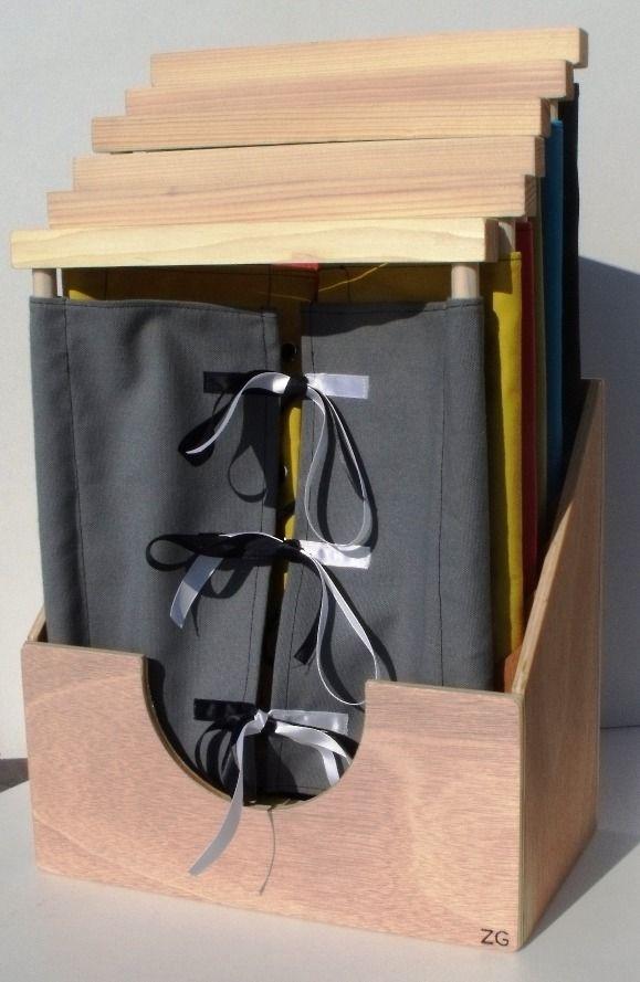Boite et 6 cadres d 39 habillage montessori vie pratique bois et tissu 100 coton rangement - Boite de rangement verticale ...