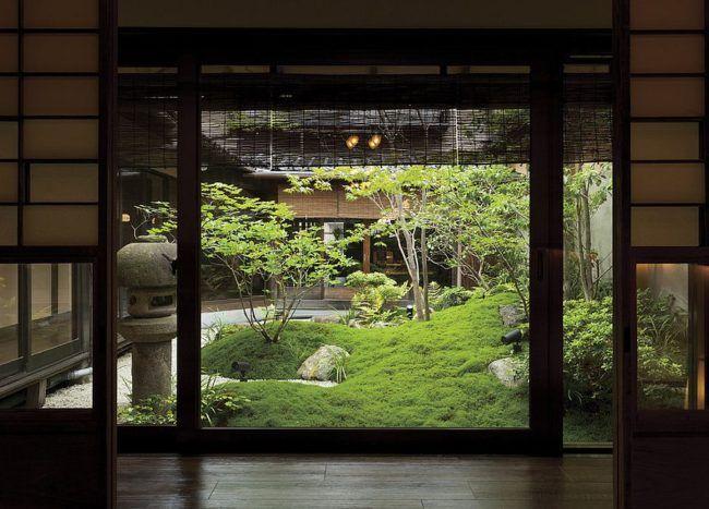 Oriental Landscape: 20 Asian Gardens That Offer a Tranquil Green Haven #asiangarden