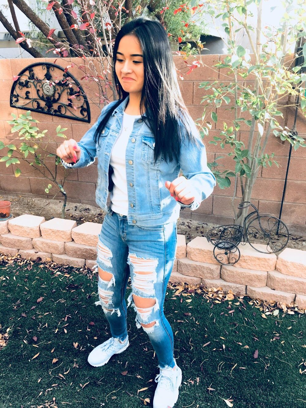 Cute Outfit Light Jean Jacket Light Ripped Jeans