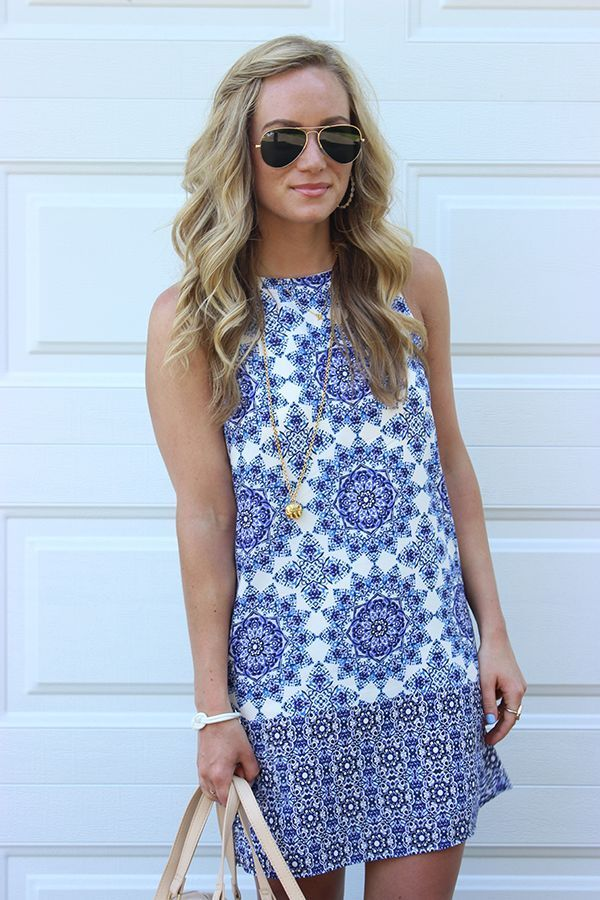 75feb860021 I don t love tons of prints (esp florals) but i m into this pattern! Like  the dress )