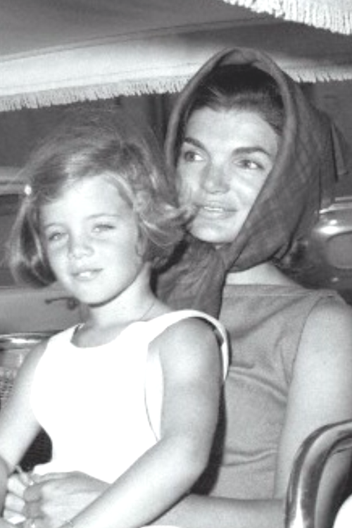 http://en.wikipedia.org/wiki/Jacqueline_Kennedy_Onassis   http://en.wikipedia.org/wiki/Caroline_Kennedy    Little Sweet Caroline .......❤❤