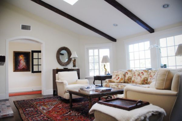 appealing living room persian carpet | The Versatility of Persian Rugs | Persian, Living rooms ...