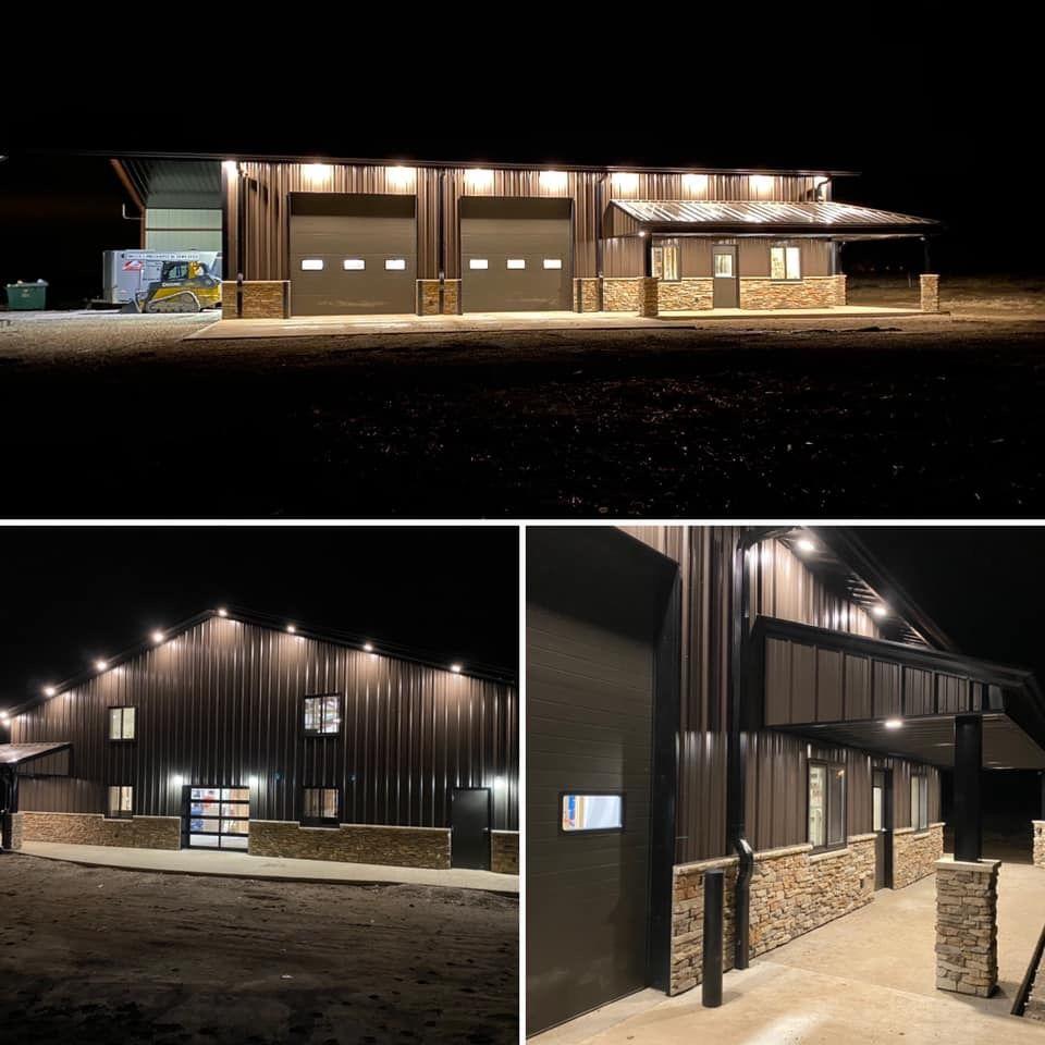 Pin By Josh Radloff On Dream Barn In 2020 Pole Barn House Plans Barn House Plans Steel Building Homes