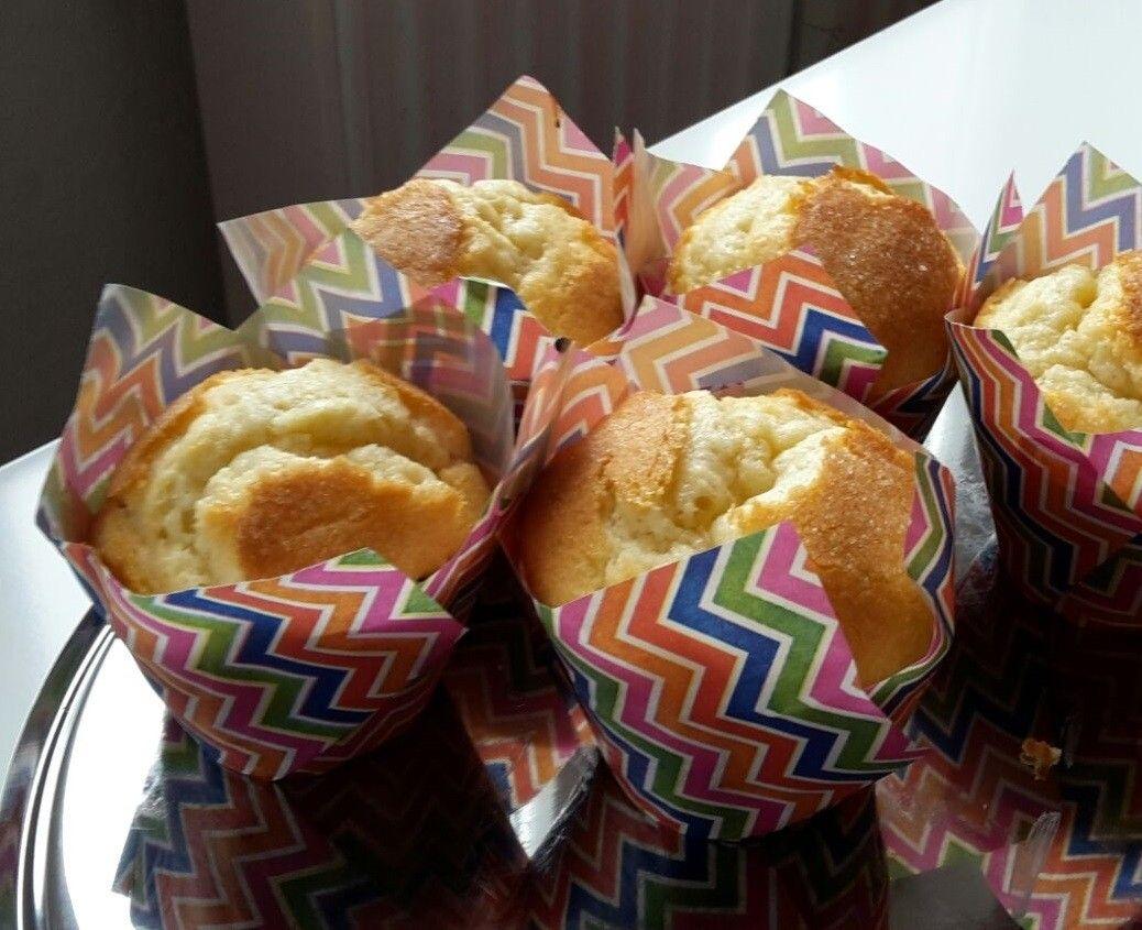 Spanische Zitronen Muffins Magdalenas Rezept Zitronen Muffins Spanisches Essen Zitronen Kuchen Saftig