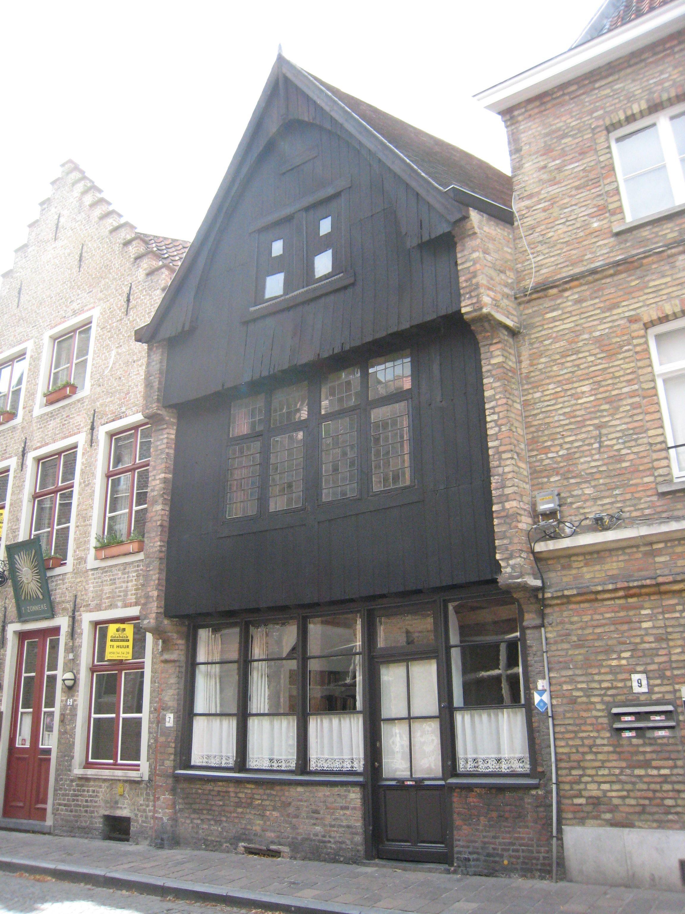 Love those attic windows e big square one little square O Two