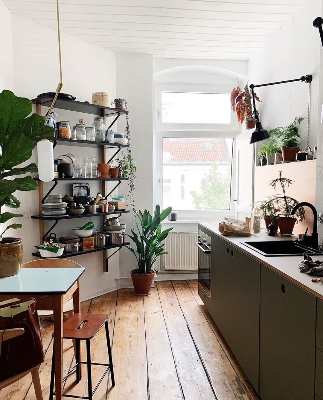 9 Best Small Kitchen Design Ideas You Never Feel Claustrophobic ...