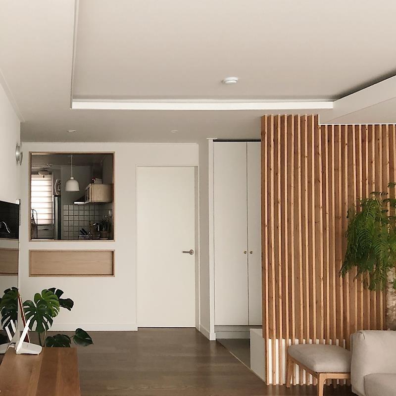 가벽 세워 거실 주방 분리 신혼집 우드톤 리모델링 네이버 포스트 인테리어 작은 아파트 디자인 아파트 아이디어