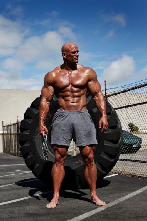 Se você quer ganhar massa muscular você deve optar por: Whey Protein, Creatina, Bcaa, Glutamina e multivitamínicos. Saiba Mais Aqui ~> http://www.segredodefinicaomuscular.com/10-tecnicas-imperdiveis-para-ganhar-massa-muscular #GanharMassa