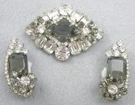DeLizza & Elster Clear & Black Diamond Rhinestone Brooch Set - Garden Party Collection Vintage Jewelry