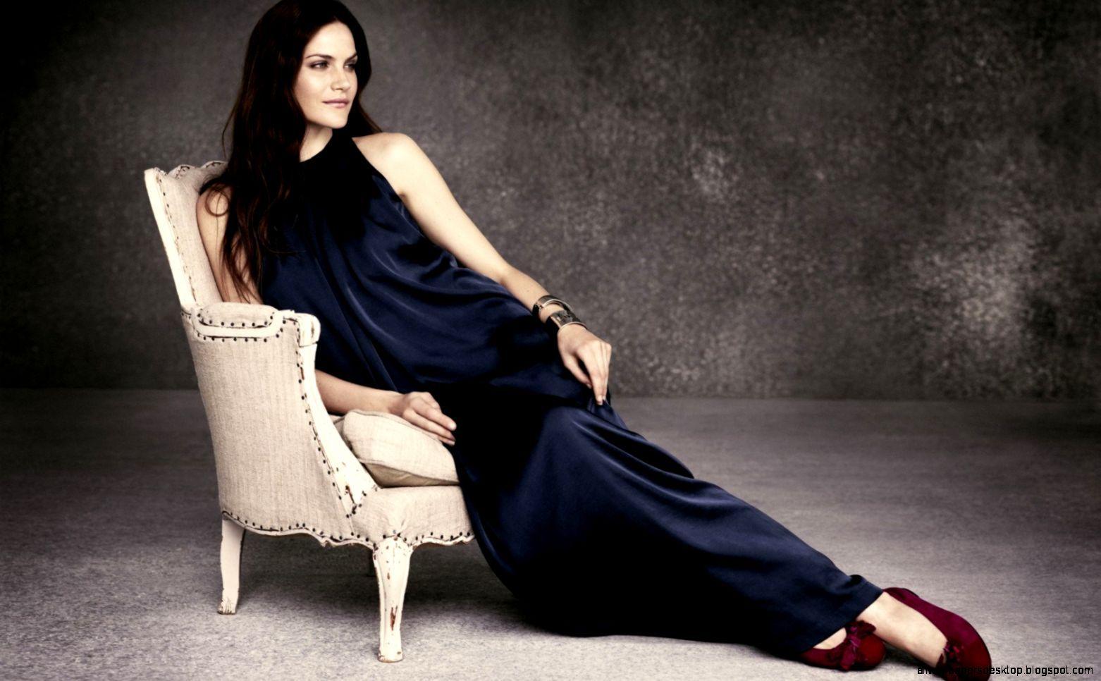 Fashion Girl Dress Model Sit Chair Hd Wallpapers (1562×966) | Fashion /  Chair / Shoes | Pinterest