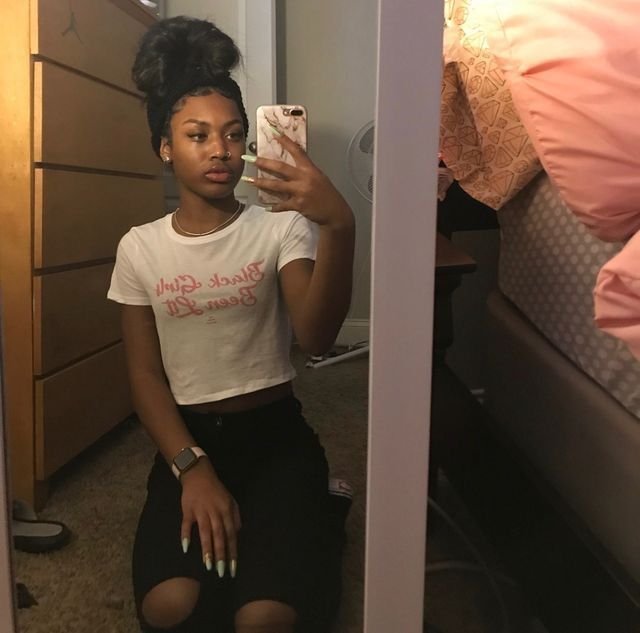 Pin on Mirror selfies