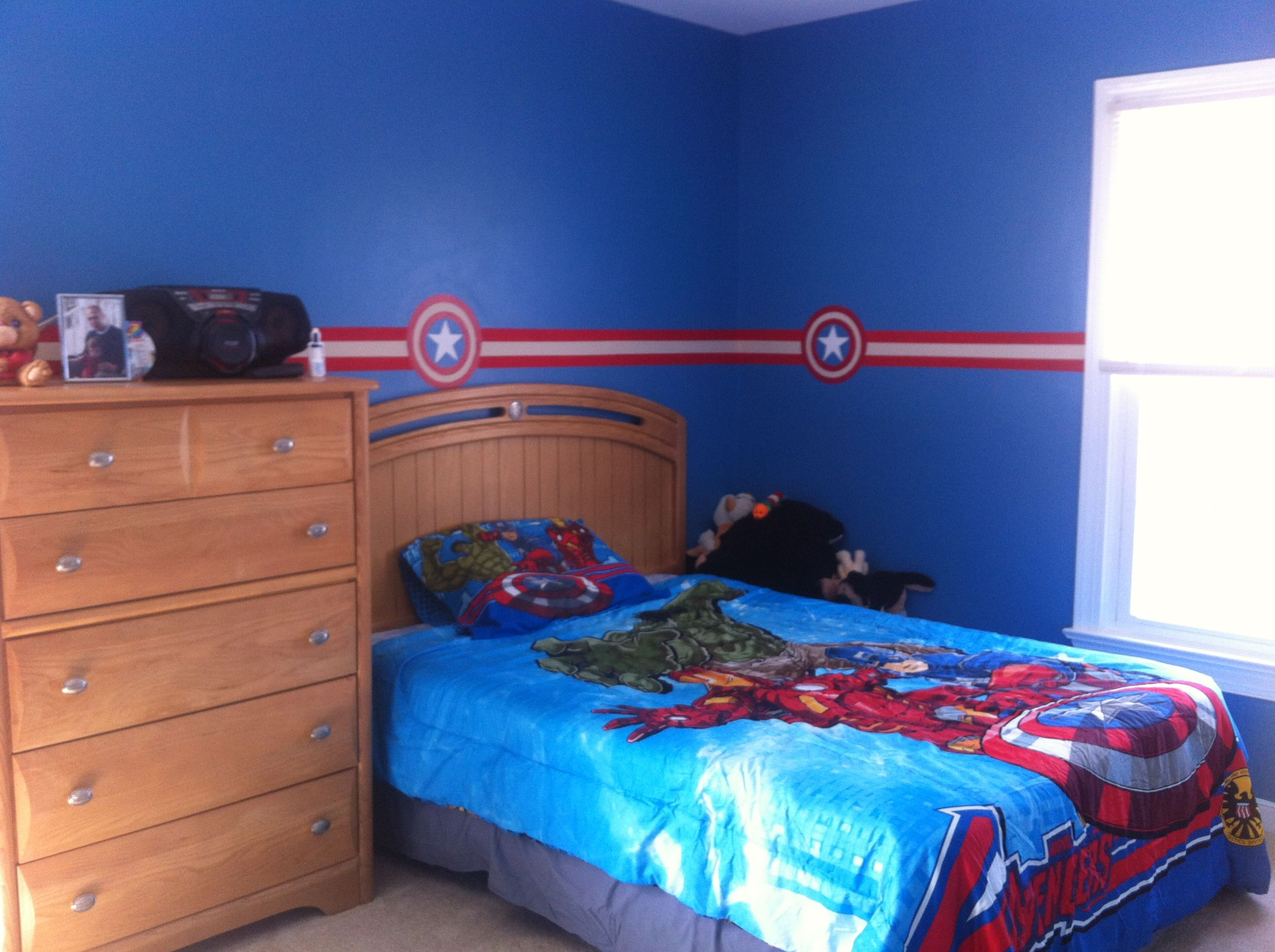 Oldest son 39 s room decor captain america theme we just picked a nice complimentary blue to paint - How we paint your room ...
