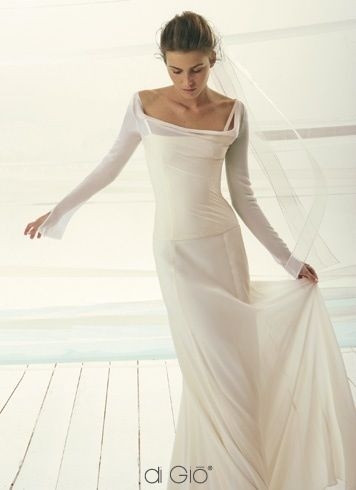 Simple and elegant wedding gown | Wedding Inspirations | Pinterest ...
