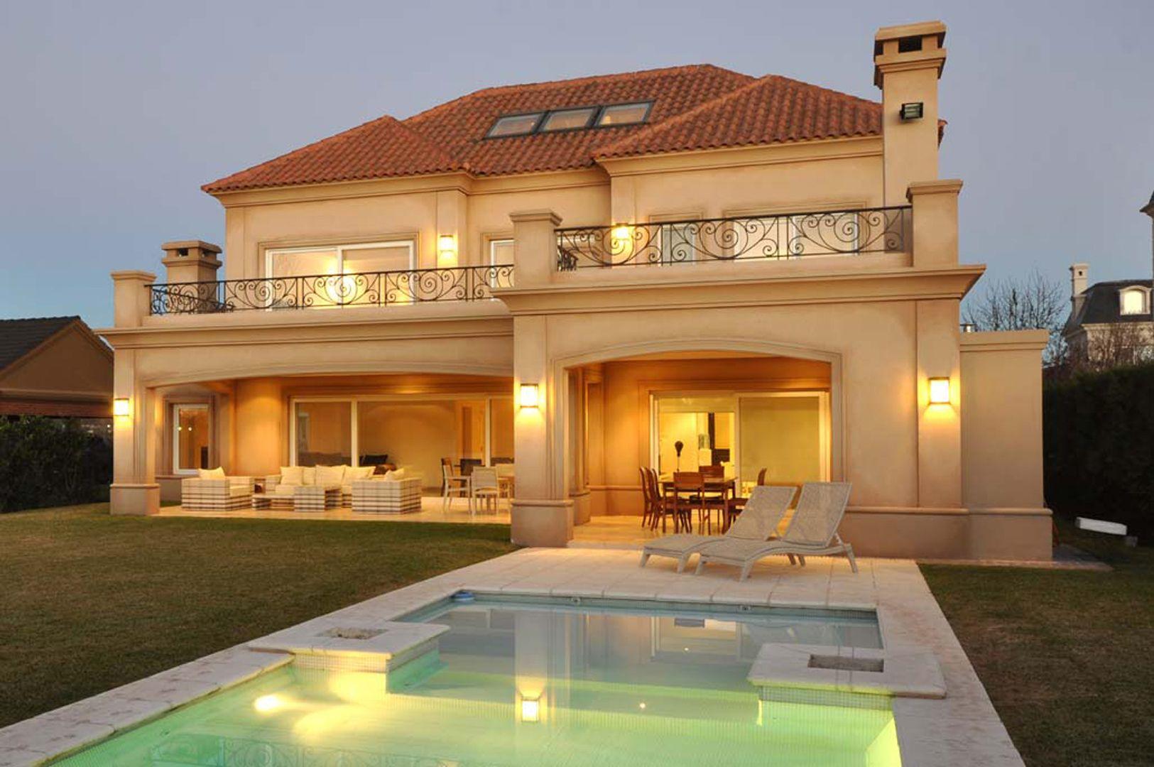 Fern ndez borda arquitectura fachada casas for Fachadas de casas estilo clasico