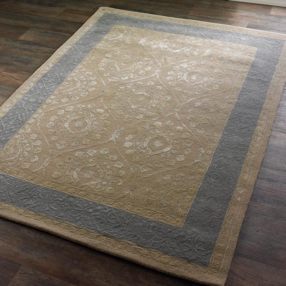 Taupe And Gray Morrocan Trellis Border Rug Subtle