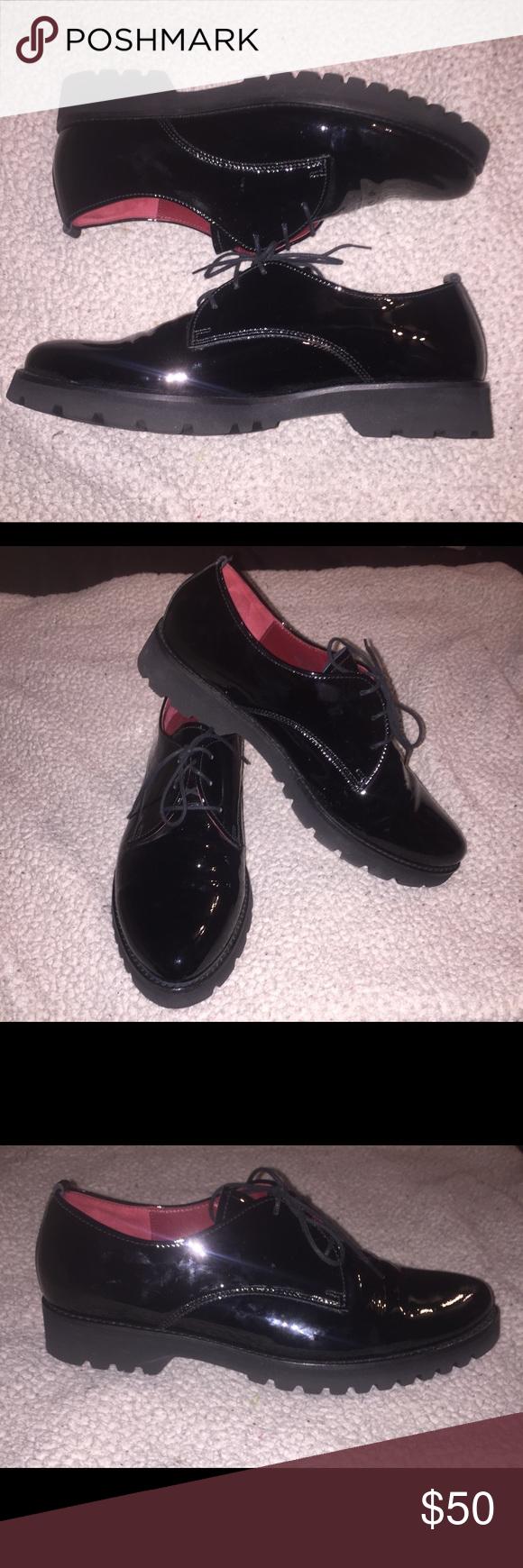 Ladies Gabor shoes size 5 12