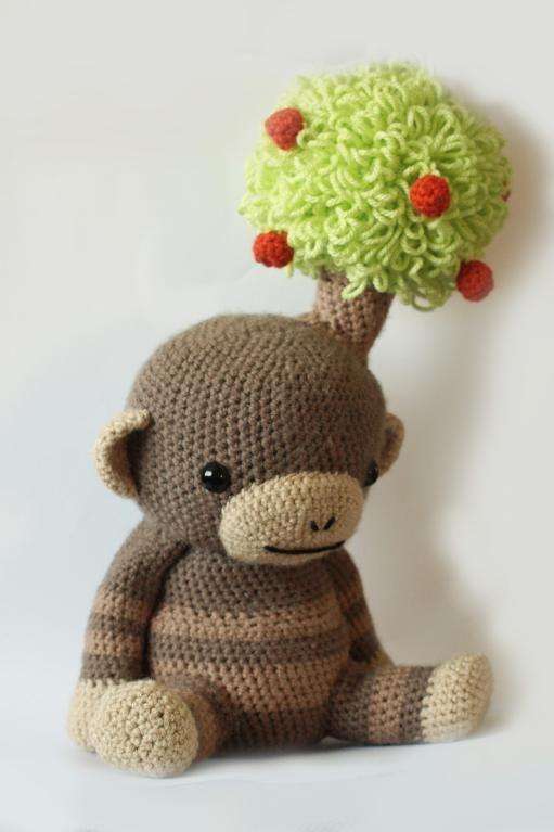 #crochet monkey  tree.