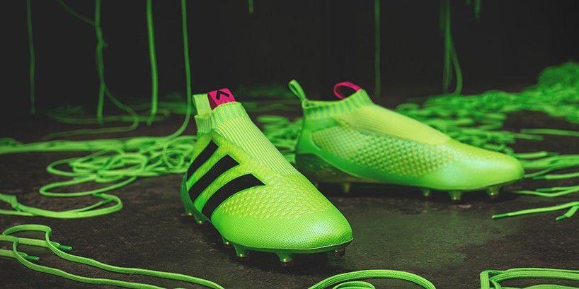 e7bd9a73d02 Pure Control Ace 16+ los nuevos zapatos de fútbol sin agujetas de Adidas -  FRACTAL estudio + arquitectura