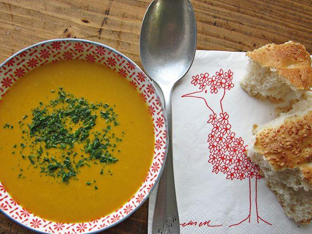 hierbas y especias: Crema de calabaza, hinojo con curry y coco