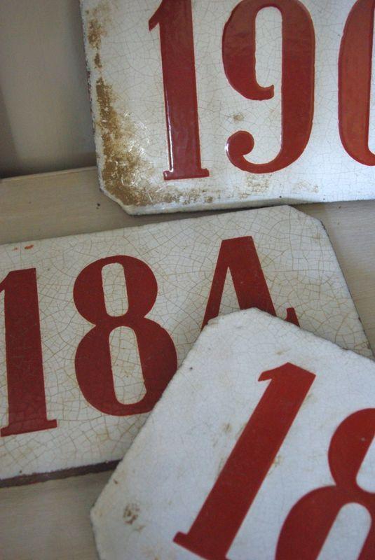 Plaques émaillées, brocante, chiffres, nombres, numbers