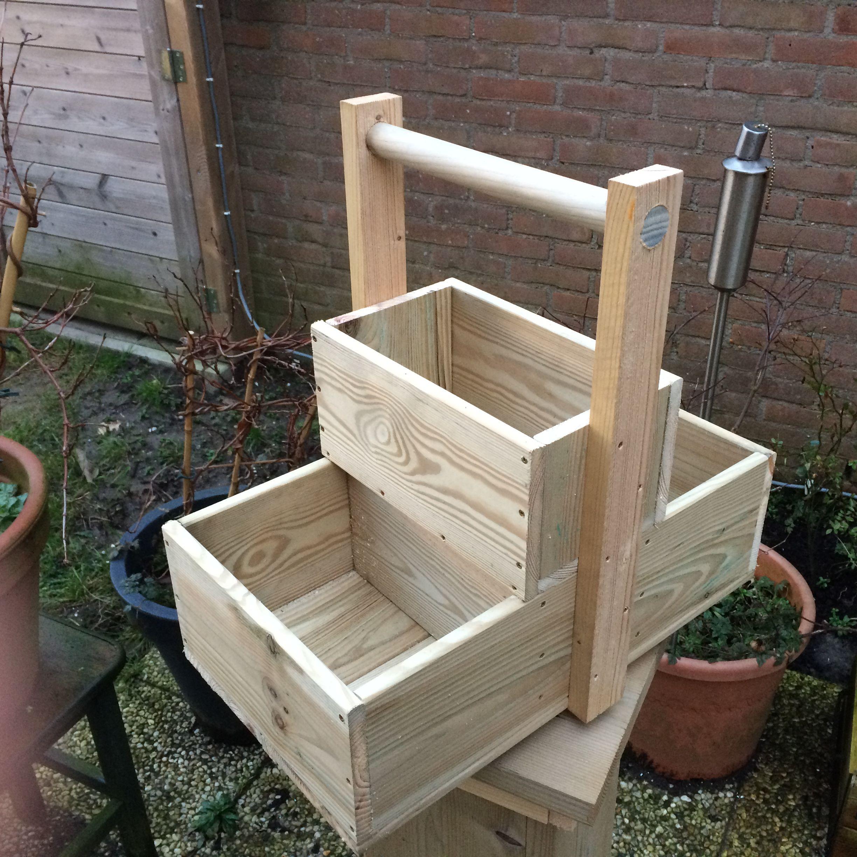 plantenbak van hout tuin holz holzwerkstatt werkzeugkiste. Black Bedroom Furniture Sets. Home Design Ideas