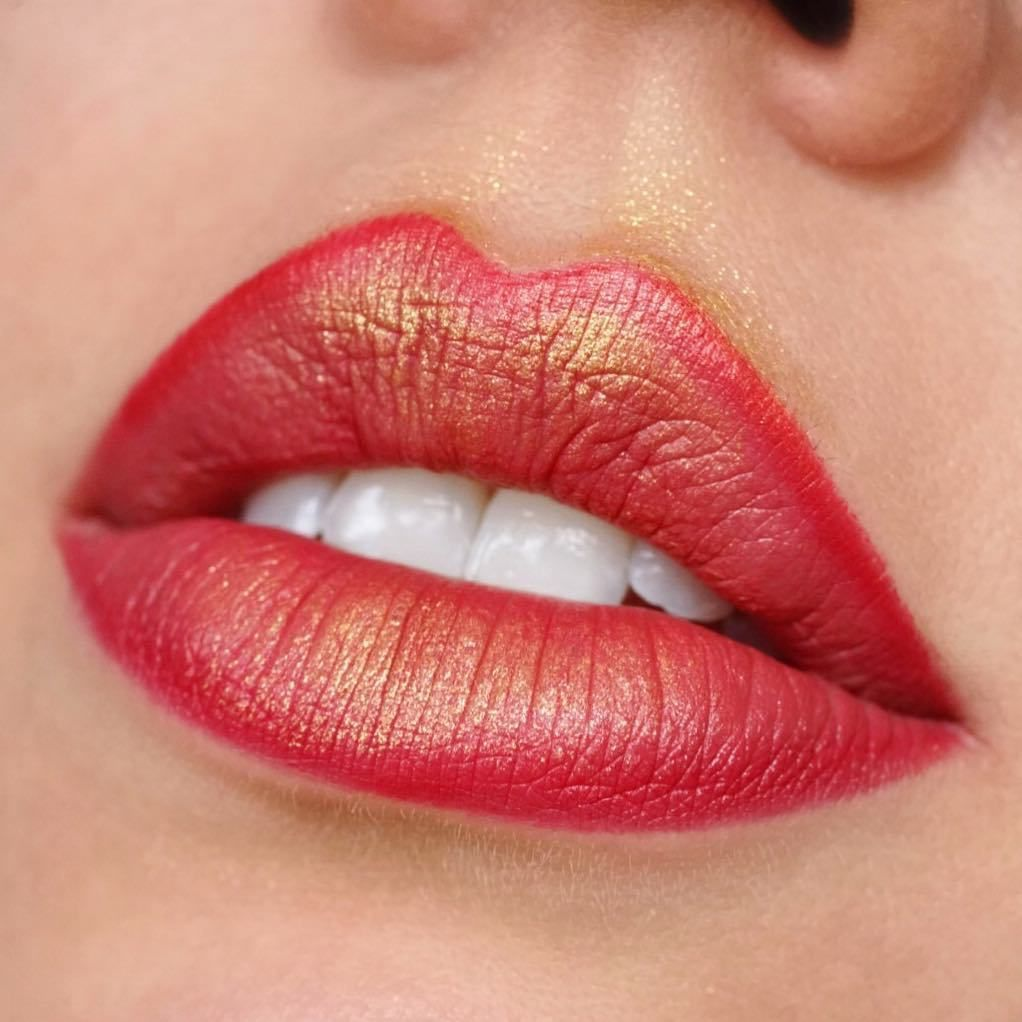 Stunning Lipstick Shades You Should Try Beautiful Lip Makeup Lipstick Color Lip Art Lipstick Lipmakeup Mattelip Lipgloss Makeup