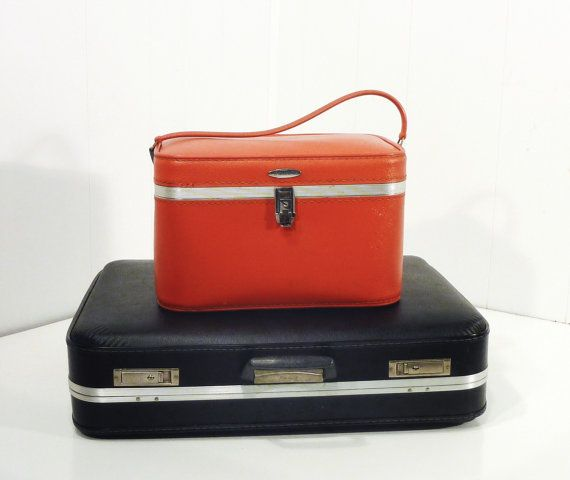 lipstick red cosmetic train travel case featherlite by gillardgurl, $25.00